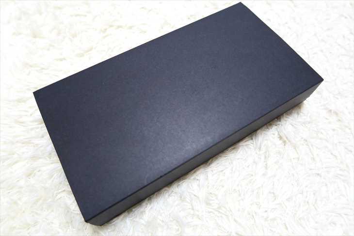 TUMI 長財布の箱