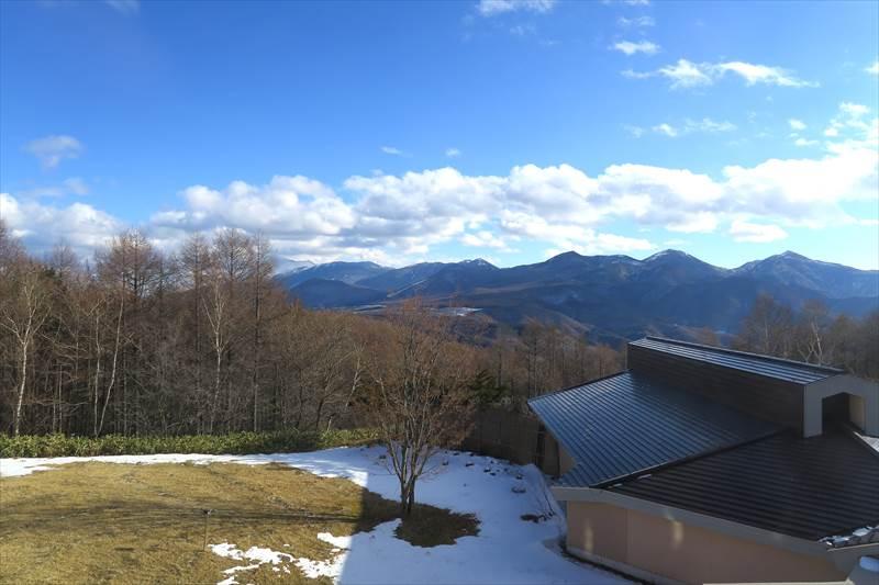 あずまや高原ホテルの客室からの眺め(浅間山)