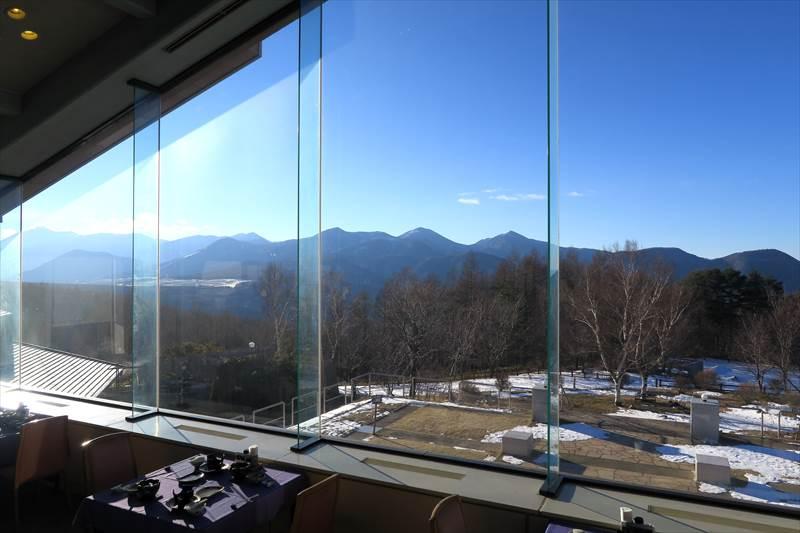 あずまや高原ホテルのレストランからの風景