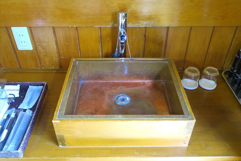 鎌先温泉 時音の宿 湯主 一條 客室の洗面台