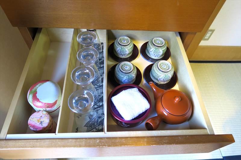 鎌先温泉 時音の宿 湯主 一條 客室の食器