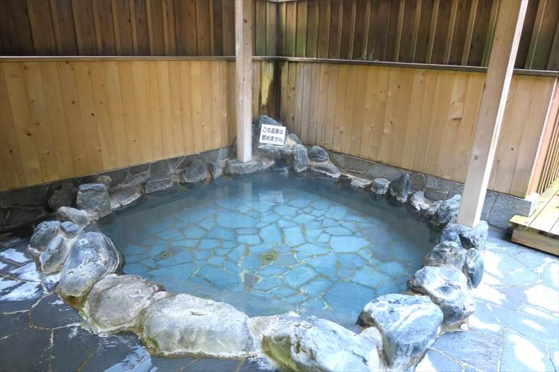 鎌先温泉 時音の宿 湯主 一條 露天風呂付き大浴場(洞窟の湯)の露天風呂