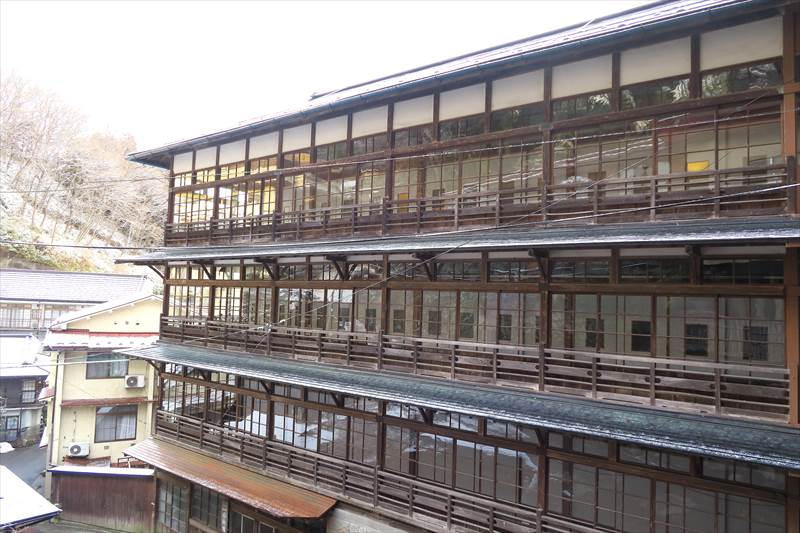 鎌先温泉 時音の宿 湯主 一條 国の登録有形文化財の建物