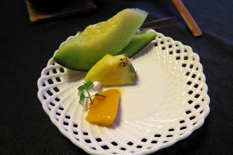 鎌先温泉 時音の宿 湯主 一條の朝食のフルーツ
