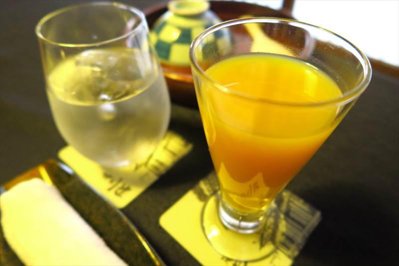 鎌先温泉 時音の宿 湯主 一條の朝食のジュース