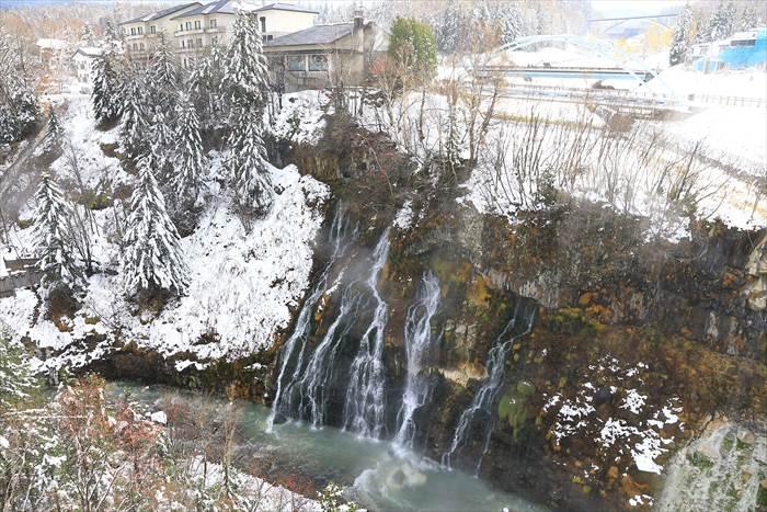 美瑛 白ひげの滝