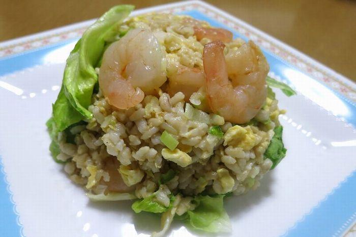 玄米ご飯で作ったチャーハン
