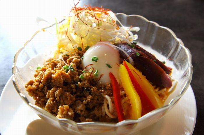 豆腐麺の冷やし担々麺
