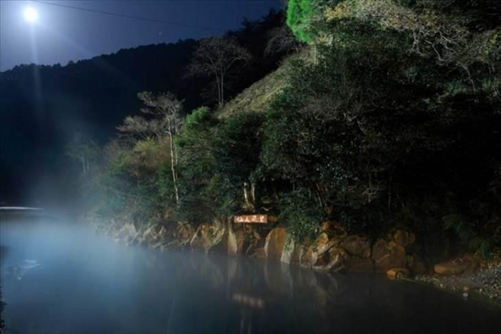 和歌山県 川湯温泉 仙人風呂