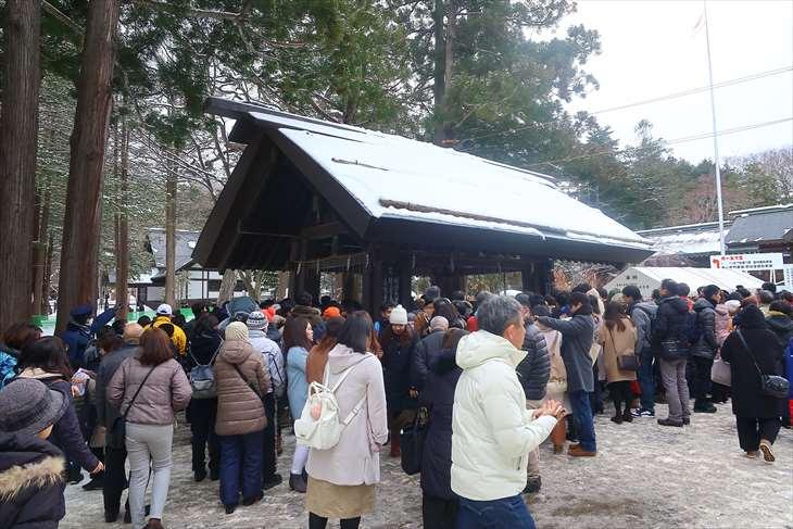 北海道神宮 初詣の様子 手水舎