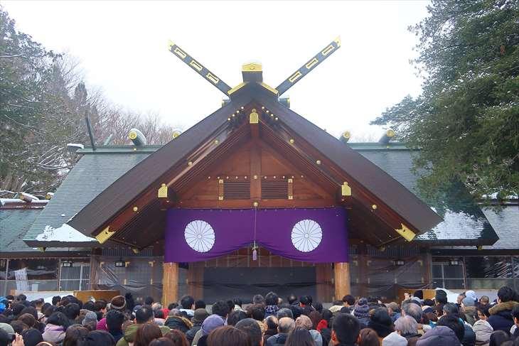 北海道神宮 初詣の様子 本殿前
