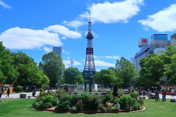 2018年6月の札幌 大通公園とさっぽろテレビ塔