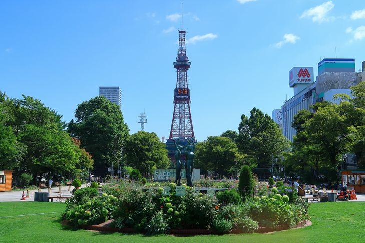 2018年8月の札幌 大通公園とさっぽろテレビ塔