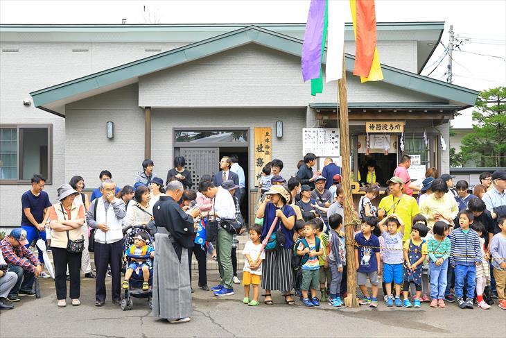 丘珠神社のお祭りの様子