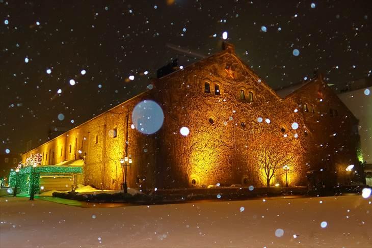 冬のサッポロファクトリーの夜景
