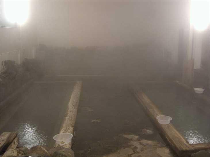 秋田県湯沢市 鷹の湯温泉