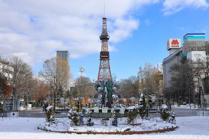 2019年11月の大通公園とさっぽろテレビ塔