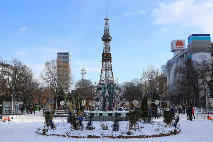 2019年12月の大通公園とさっぽろテレビ塔